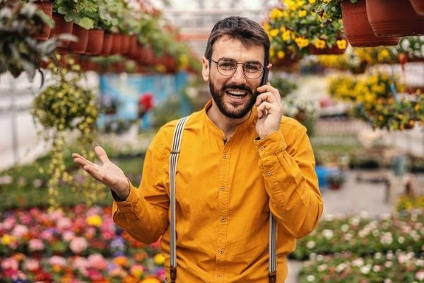 landscaping consultation man on phone